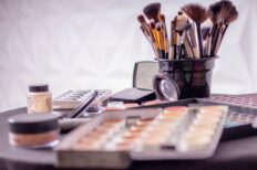 Make Up Artistry – Part Time Eve