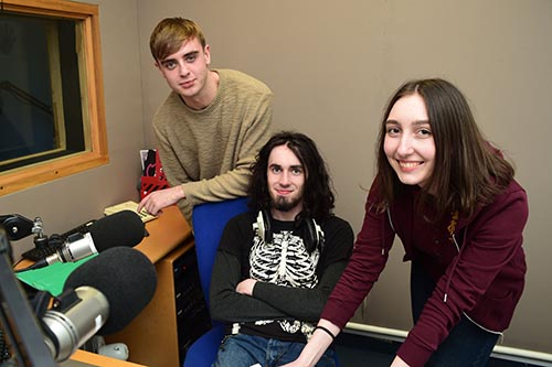 Dun Laoghaire Further Education Institute - Journalism for New Media, TV & Radio: - 2
